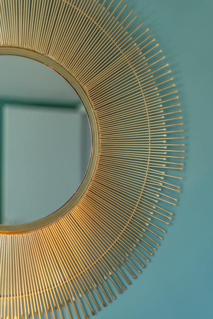 Détail miroir chambre Tilleul-Menthe